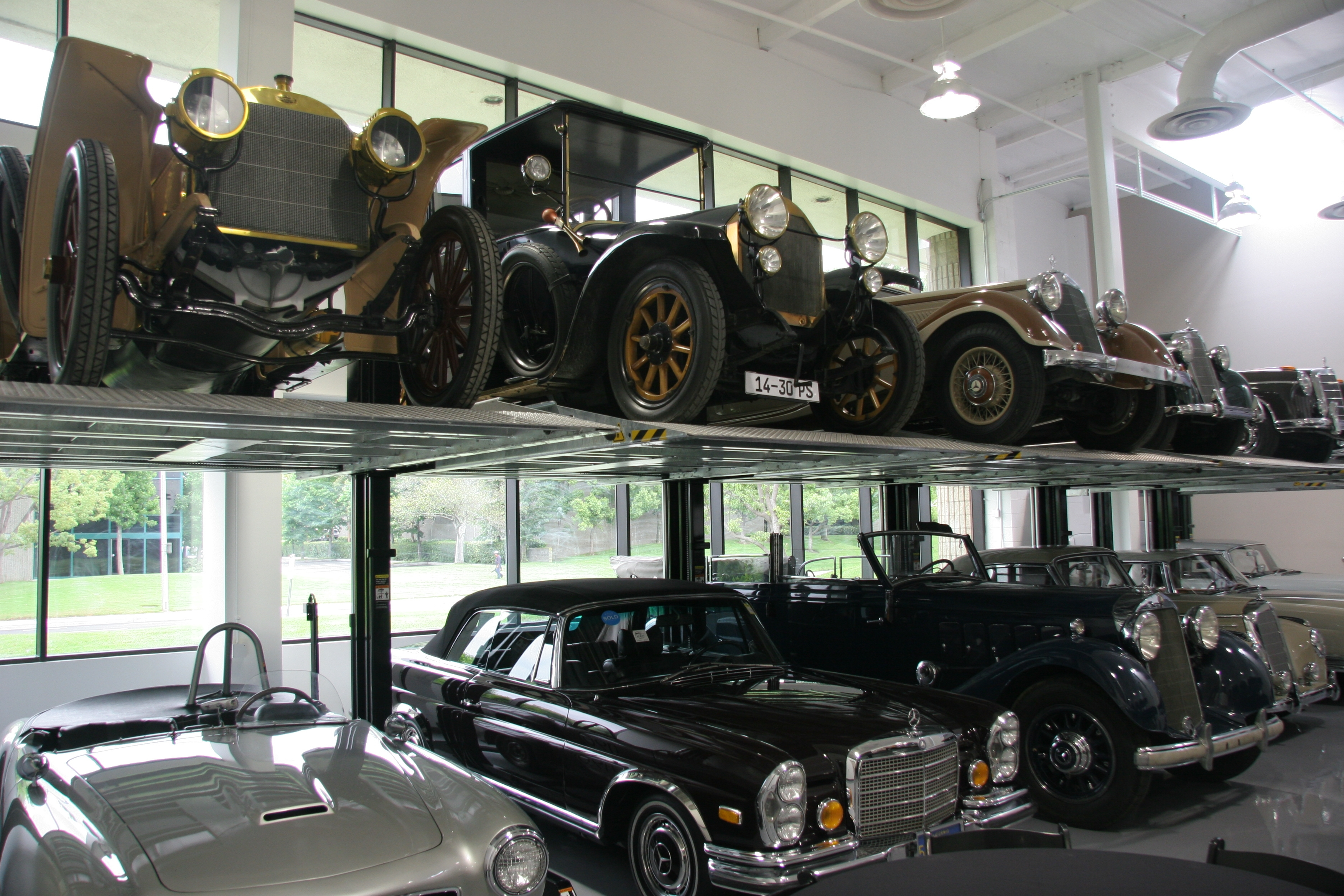 Cool car places mercedes benz classic center irvine ca for Mercedes benz training center