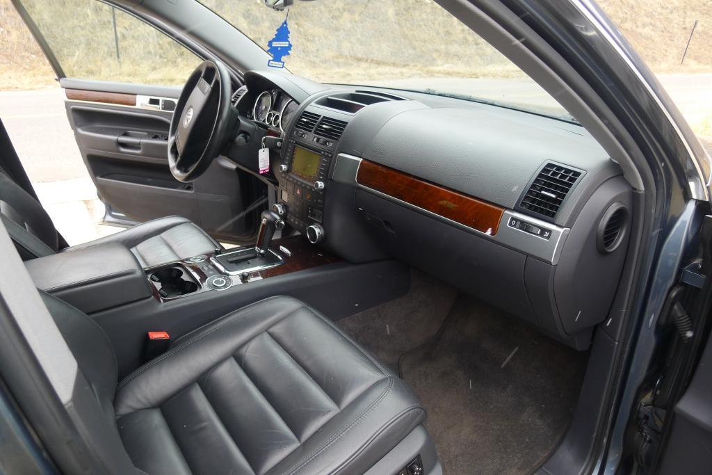 2004 Volkswagen Touareg V10 TDI Torque Much  Totally That Stupid