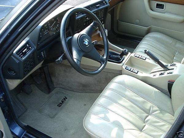 1984 733i Drivers Interior