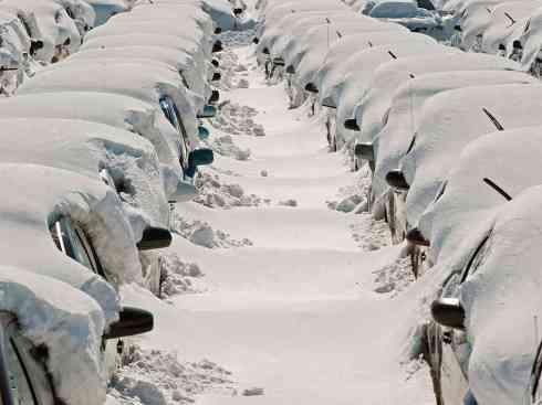 Cars in Snowmaggedon