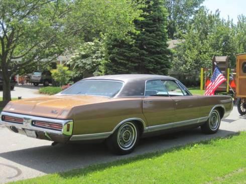 1970 Dodge Monaco - 2
