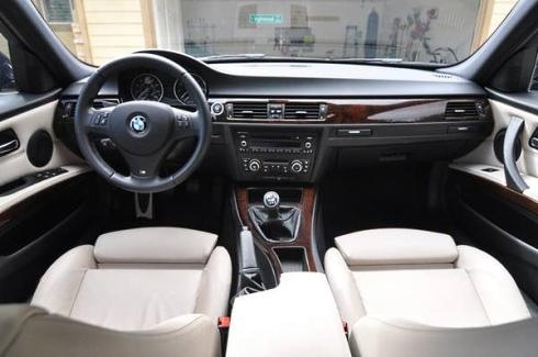 2011 BMW 328i Wagon M-Sport