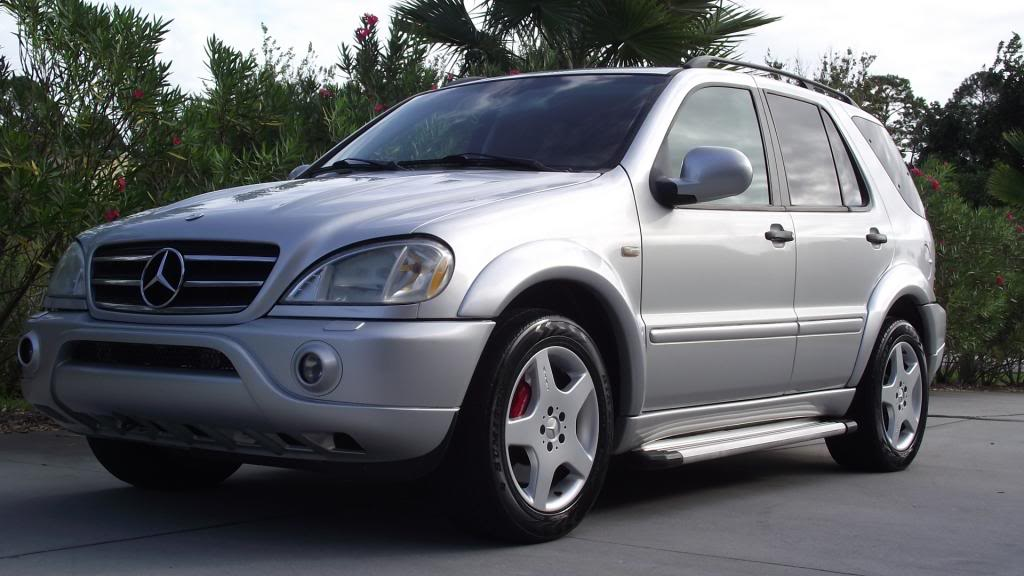2001 mercedes benz ml55 amg who says suvs can t be fun. Black Bedroom Furniture Sets. Home Design Ideas