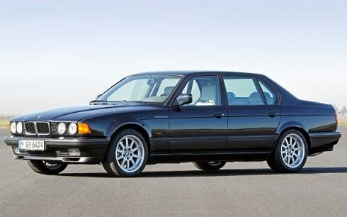 E32-BMW-750iL-Front-Quarter