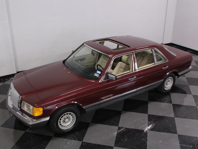 1985 mercedes benz 500sel resplendent in its four place for 1985 mercedes benz 300sd