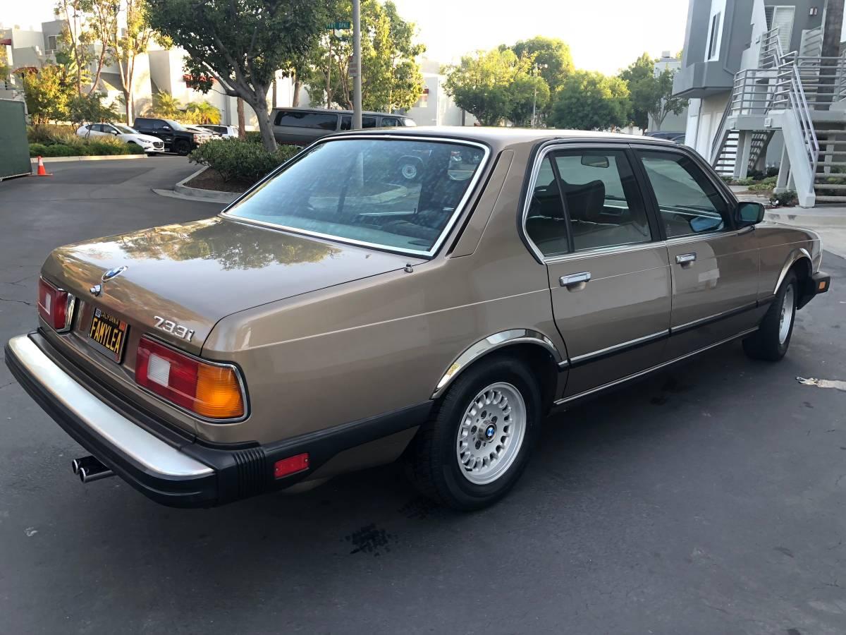 1984 733i - 3