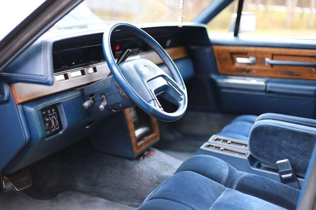 1984 Lincoln Conti - 6