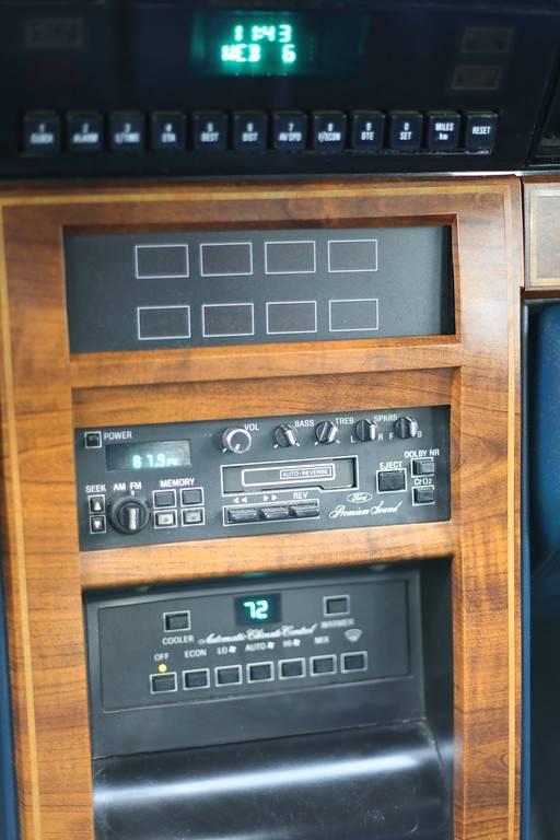 1984 Lincoln Conti - 9
