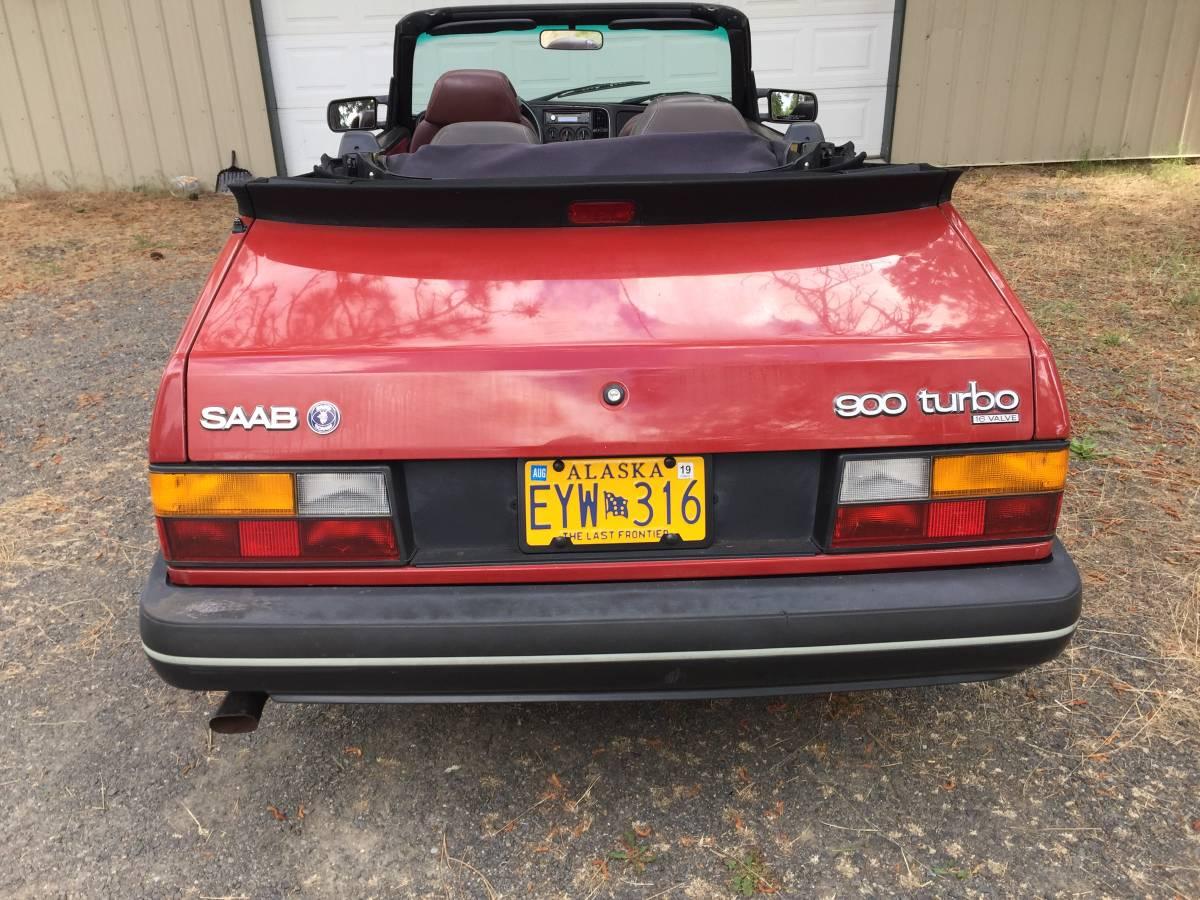 1990 Saab 900 - 4