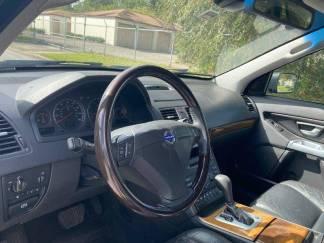 SUVs - 12