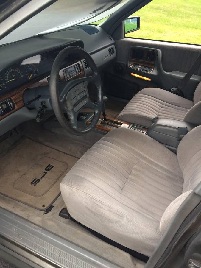 1989 Bonneville - 4
